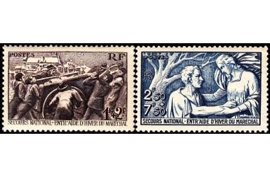 http://www.philatelie-berck.com/472-thickbox/france-n497-498-secours-national-secours-d-hiver-du-marechal-petain-.jpg